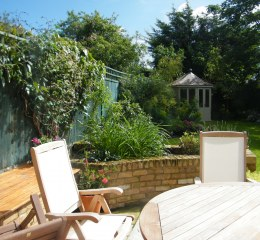 Table-and-Chairs-Streatham