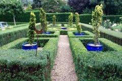 Formal-garden1