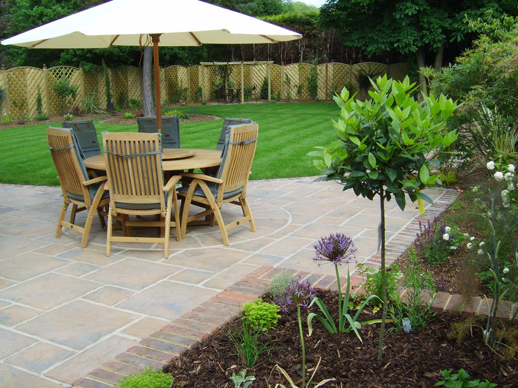 Patio Designs Garden Patio Ideas Courtyard Gardens Floral Hardy