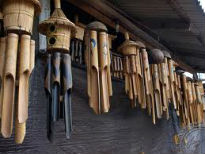 picture of wind chimes