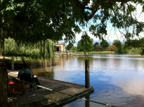 picture of lake at Hever Castle