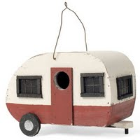 image of caravan shaped bird feeder