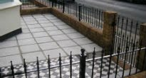 picture of paved front garden