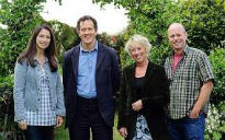 picture of Gardeners World cast