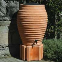 picture of terracotta water butt