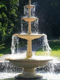 image of traditional freestanding water feature