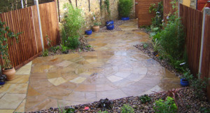 Paved Courtyard - 635x340_crop1069