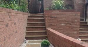 Making a Grand Entrance - 635x340_crop502