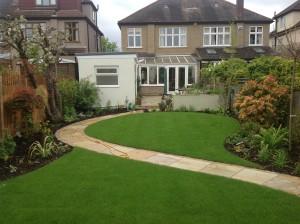 Artist's Garden - beckenham-home