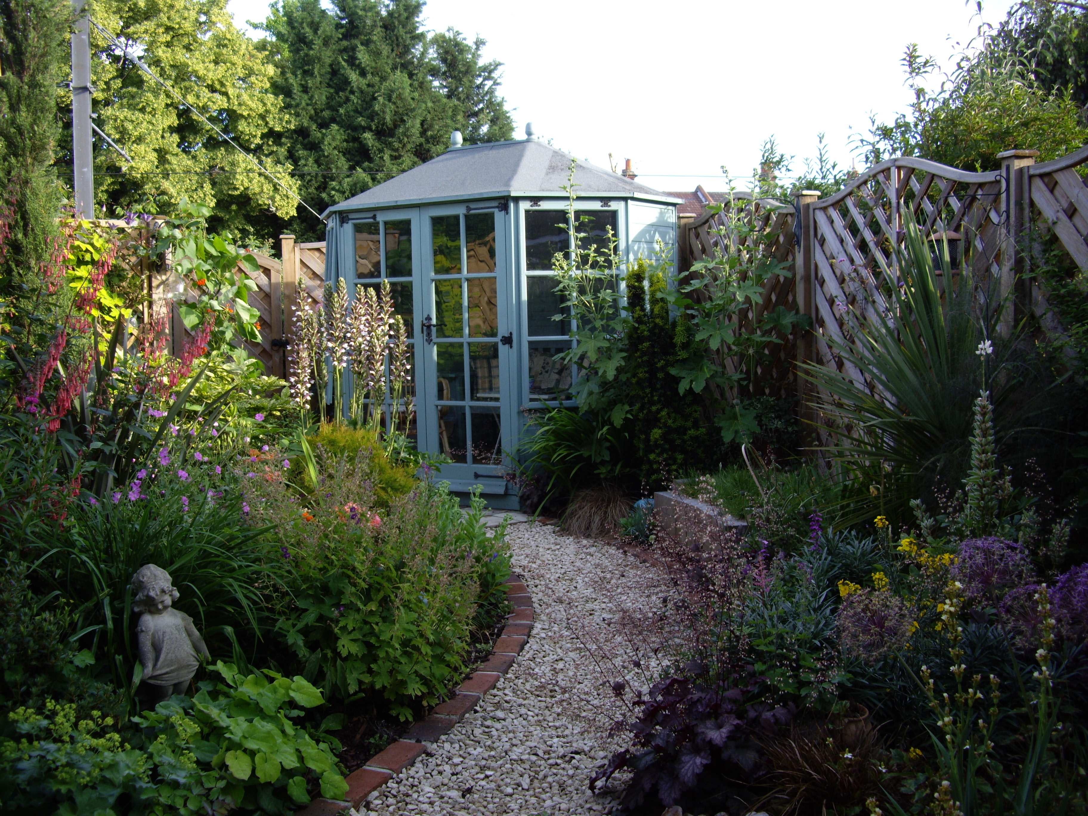 Victorian Garden Design by Floral & Hardy | UK