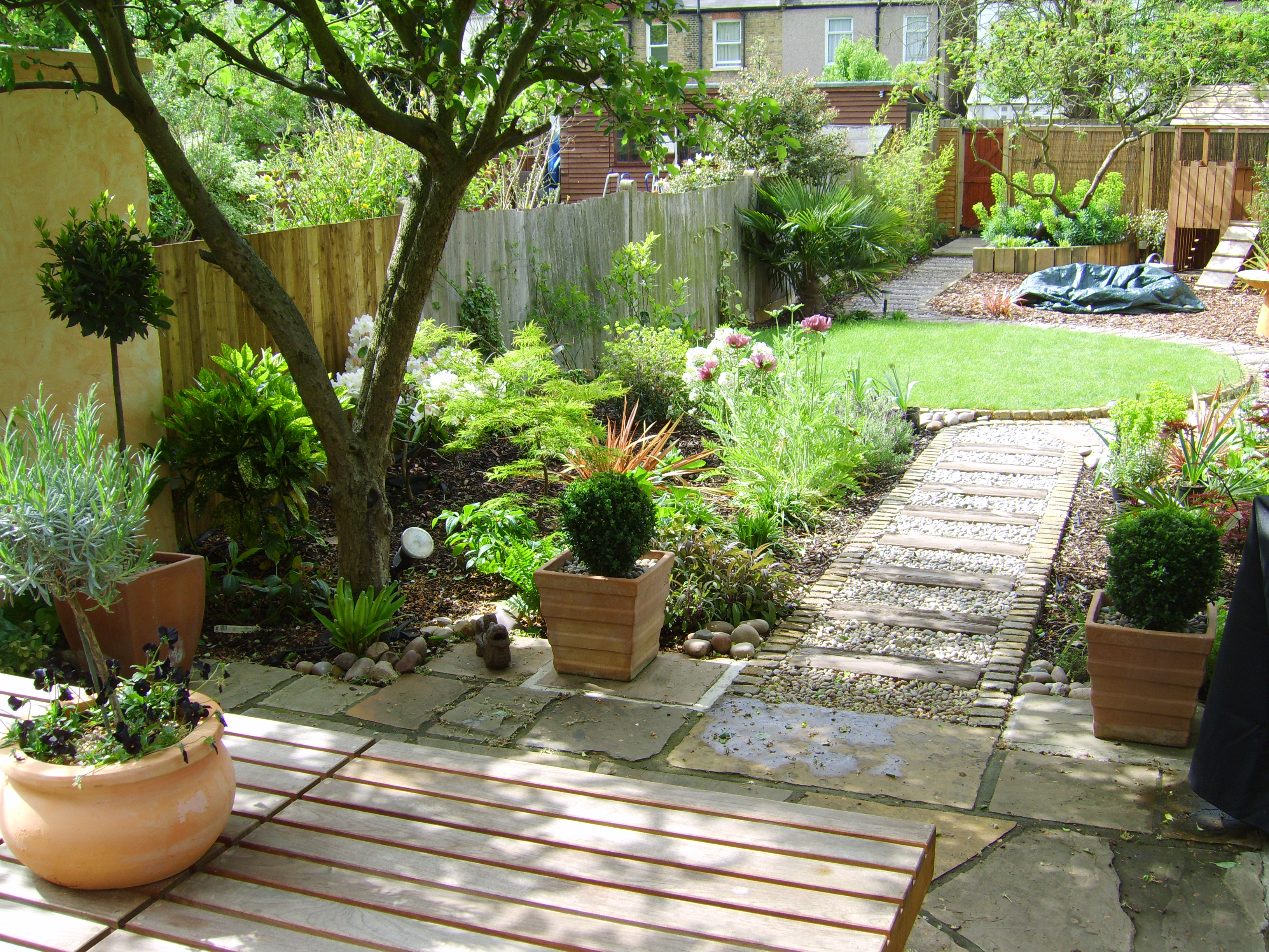 garden decking away from the house garden design long narrow plot - Garden Design Long Narrow Plot
