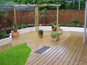 Urban Space for Entertaining - garden-design-london