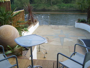 Contemporary Waterside - garden-design-thames