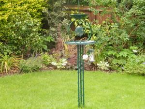 Modern & Traditional Meet - greenwich-bird-feeder