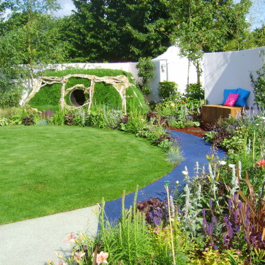 Hobbit House and Planting