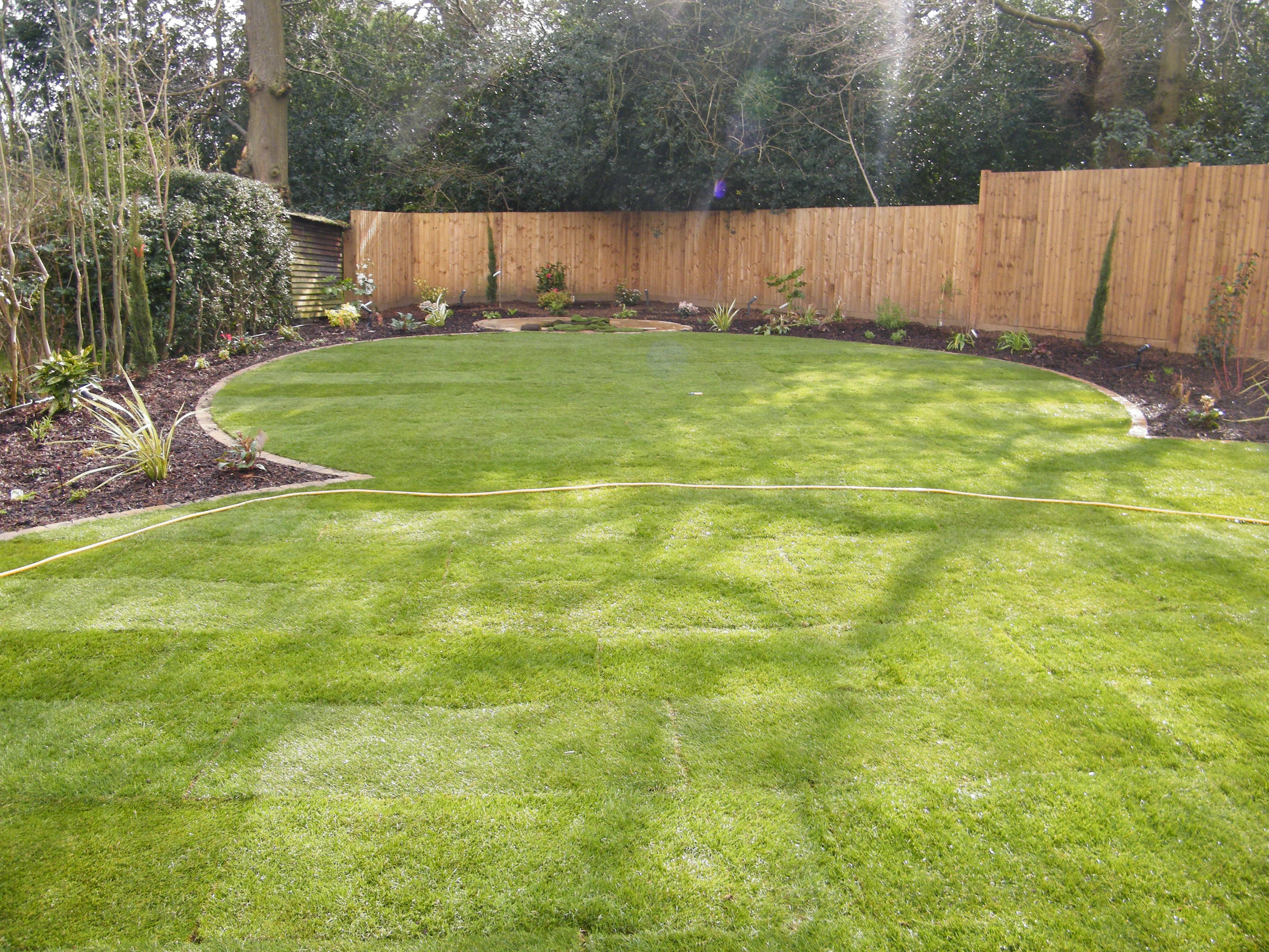 Love a Triangle - Floral & Hardy on Triangle Shaped Backyard Design id=99111