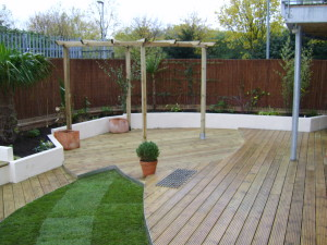 Urban Space for Entertaining - london-planting