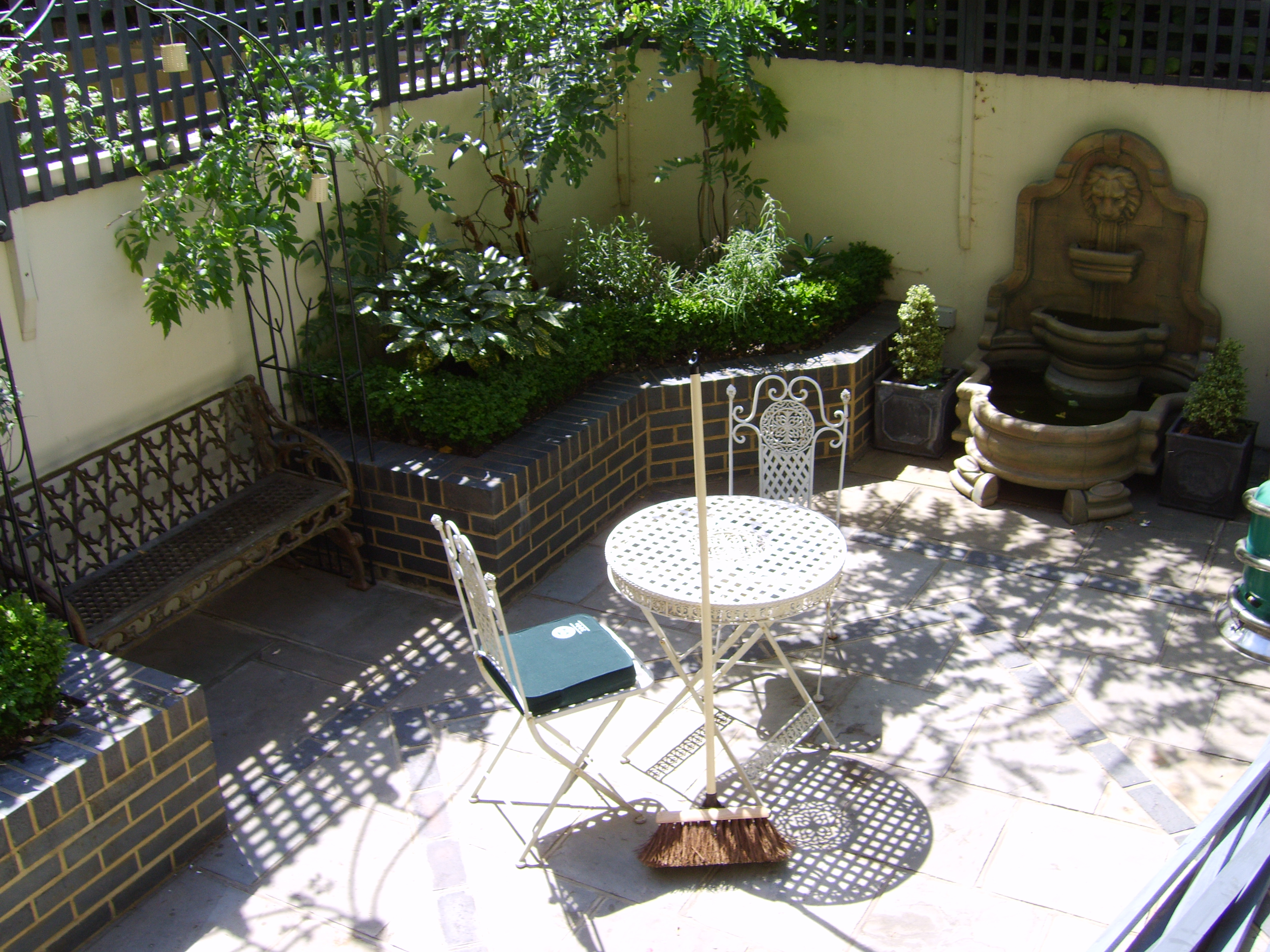 Small Georgian Town House | Floral & Hardy | UK on patio small yard ideas, tuscan raised garden bed ideas, back yard english garden, rock garden ideas, back yard garden with pond, stone front steps design ideas, back yard garden plans, rock patio and walkway design ideas, landscape patio design ideas, low maintenance landscape design ideas, mediterranean house front yard design ideas, narrow pergola design ideas, front yard ground cover ideas, garden path with pavers ideas, houzz landscape design ideas, diy garden path walkway ideas, landscaping ideas, circular driveway landscape design ideas, small landscape design ideas, half covered balcony design ideas,