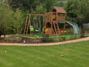 Pavilion and Pool House Garden - new-otford-play-space
