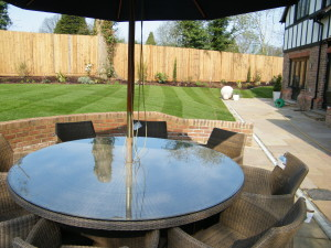 Love a Triangle - new-patio-space-in-chipstead