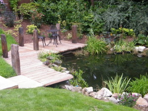 Country Garden with Natural Water Course - new-pond