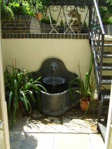 Small Georgian Town House - new-water-feature