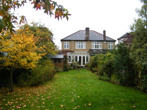 Artist's Garden - old-beckenham-space