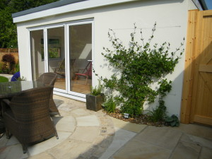 Artist's Garden - sliding-doors-beckenham