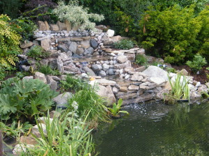 Country Garden with Natural Water Course - water-feature-surrey