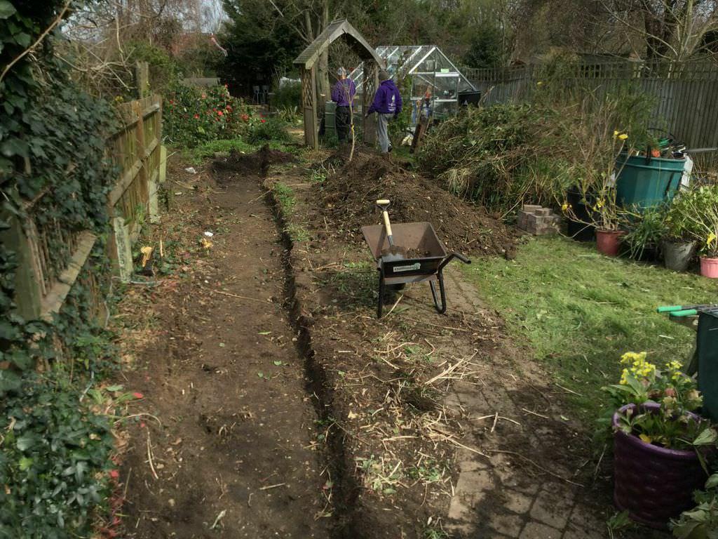 Find Professional Surbiton Garden Designers   Floral & Hardy