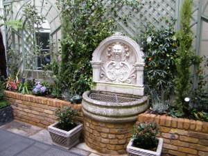 Knightsbridge-Water-Feature