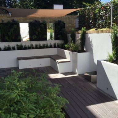 sunken treasure - Courtyard Garden Ideas Uk