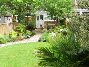 Our Top 6 Exclusive Long Narrow Garden Ideas Revealed