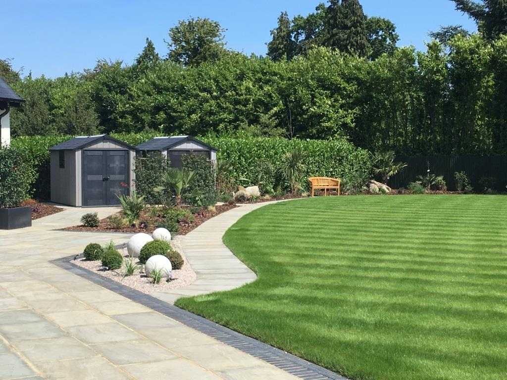 Ultimate Outdoor Kitchen Garden Floral Hardy